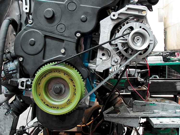 ременная передача в генераторе